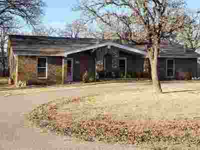 Velma OK Single Family Home For Sale: $89,900
