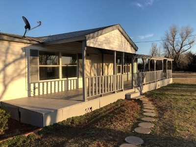 Rush Springs Single Family Home For Sale: 817 Cr 1580