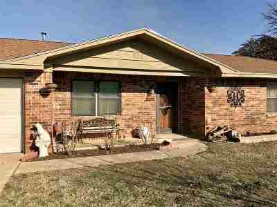 Rush Springs OK Single Family Home For Sale: $110,000
