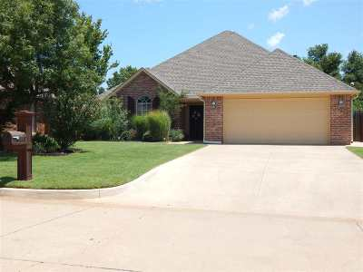Duncan Single Family Home For Sale: 2004 Meadowview Dr