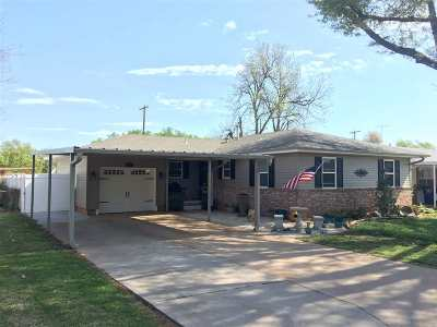Marlow, Rush Springs Single Family Home For Sale: 911 W Grand