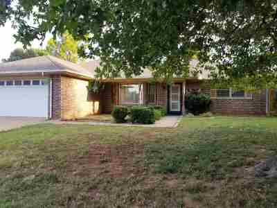 Duncan OK Single Family Home For Sale: $105,000