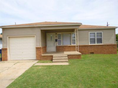 Rental For Rent: 119 W Elder Ave.