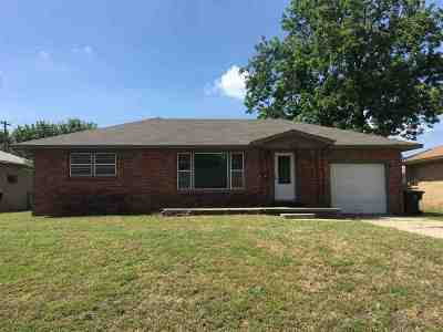 Duncan Single Family Home For Sale: 1812 Parkview