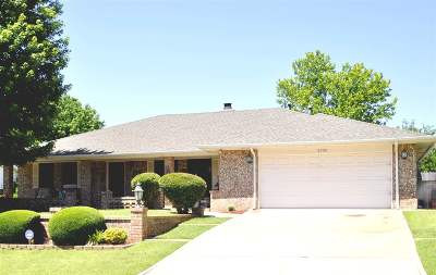 Duncan Single Family Home For Sale: 2305 Briarcrest