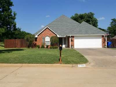 Single Family Home Sold: 2204 Meadowview