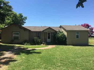 Marlow, Rush Springs Single Family Home For Sale: 802 W Caddo