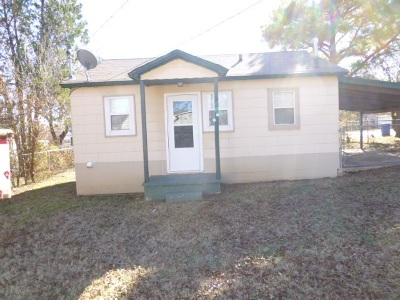 Rental For Rent: 807 W Woodlawn Ave.