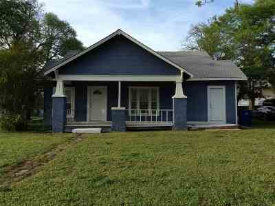 Rental For Rent: 1115 W Ash Ave.