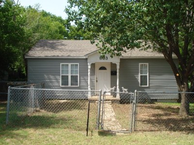 Single Family Home For Sale: 803 W Woodlawn Ave.