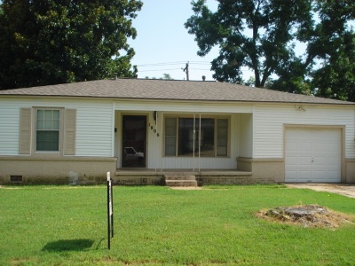 Duncan Single Family Home Active-Take Backups: 1806 W Walnut