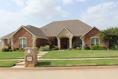 Marlow, Rush Springs Single Family Home For Sale: 1001 Willow Bend Dr