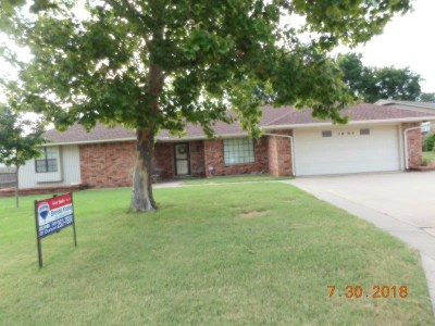 Duncan Single Family Home For Sale: 1005 Harville