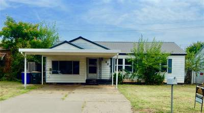 Duncan Single Family Home For Sale: 406 N E St.