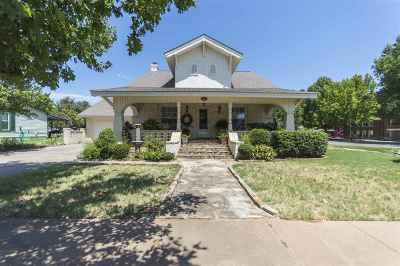 Single Family Home For Sale: 501 W Main