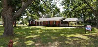 Comanche, Velma, Waurika,  Hastings Single Family Home For Sale: 120 E First
