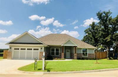 Duncan Single Family Home For Sale: 3105 Foxboro Dr.
