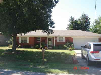 Marlow, Rush Springs Single Family Home For Sale: 808 W Osage