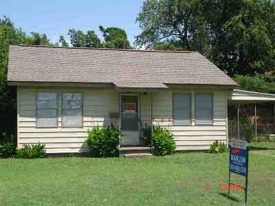 Marlow, Rush Springs Single Family Home For Sale: 704 N 4th