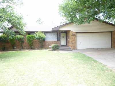 Rental For Rent: 2112 W Amhurst Ave.