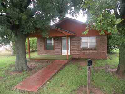 Comanche Single Family Home For Sale: 510 S 3rd St.