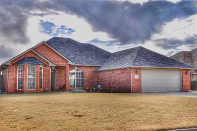 Duncan Single Family Home For Sale: 2706 Meadowview
