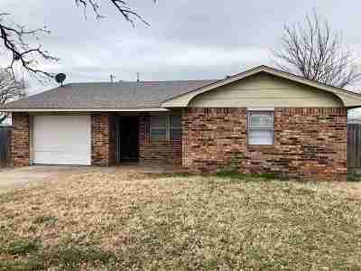 Comanche Single Family Home For Sale: 180205 Larue