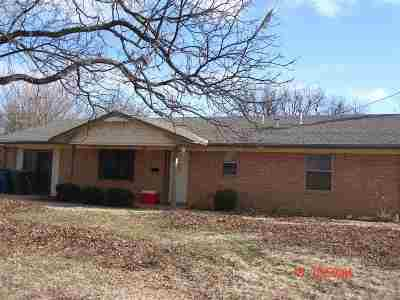 Marlow, Rush Springs Single Family Home For Sale: 604 S 8th