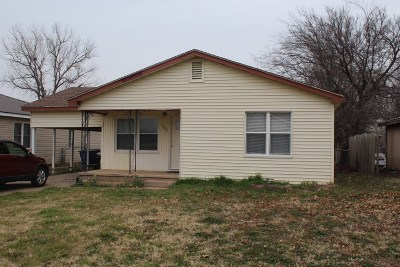 Marlow Single Family Home For Sale: 707 W Comanche