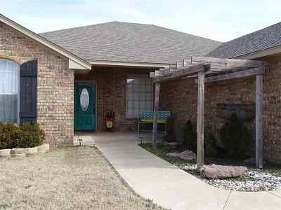Duncan Single Family Home For Sale: 168640 Miller Ave.