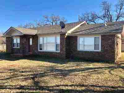 Comanche Single Family Home For Sale: 280765 E 1790 Rd