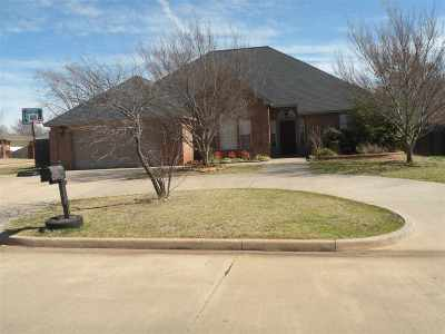 Duncan Single Family Home For Sale: 2108 Meadowview