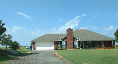 Marlow, Rush Springs Single Family Home Active-Take Backups: 167369 7 Mile Rd