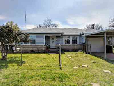 Duncan Single Family Home Under Contract: 2108 W Birch