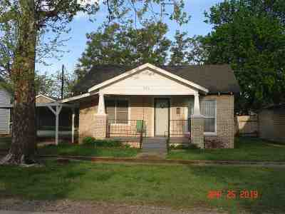 Single Family Home For Sale: 209 S 5th