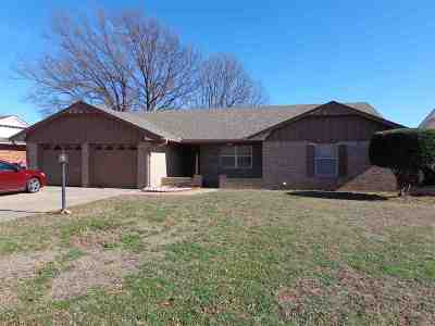 Duncan Single Family Home For Sale: 1206 N Harville Rd