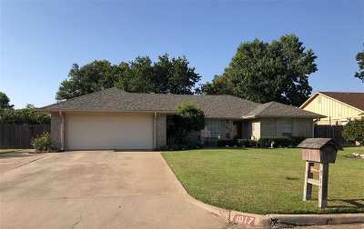 Duncan Single Family Home For Sale: 1917 Waverly Dr