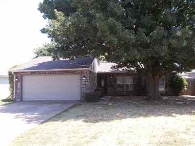 Duncan Single Family Home For Sale: 720 Catherine Ln