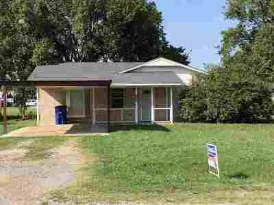 Marlow Single Family Home For Sale: 805 W Wade