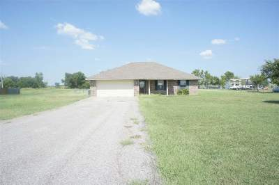 Marlow Single Family Home For Sale: 275044 Broncho Rd