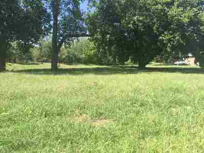 Residential Lots & Land For Sale: 824 N Eisenhower
