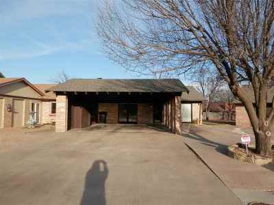 Single Family Home For Sale: 2570 Homestead