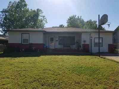 Enid OK Single Family Home For Sale: $92,500