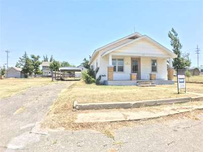 Single Family Home For Sale: 114 S Olive St