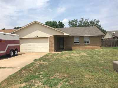 Single Family Home For Sale: 4910 Yorkshire