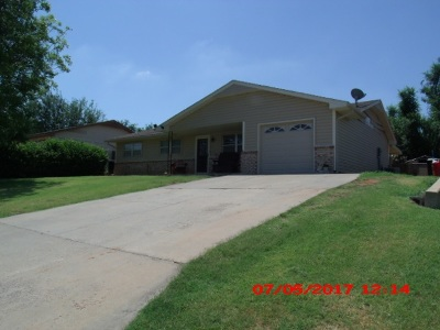 Single Family Home For Sale: 2817 Osage Drive