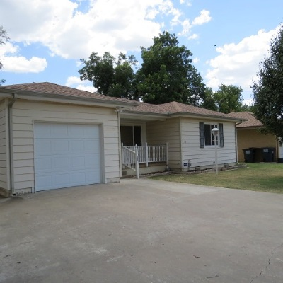 Single Family Home For Sale: 1409 Beverly