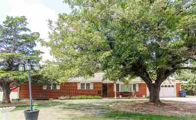 Single Family Home For Sale: 6901 Hereford Dr