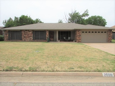 Single Family Home For Sale: 2606 Wagon Trail