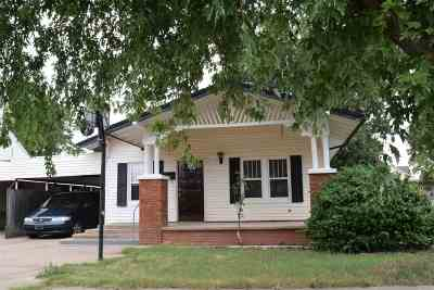 Single Family Home For Sale: 308 S 7th